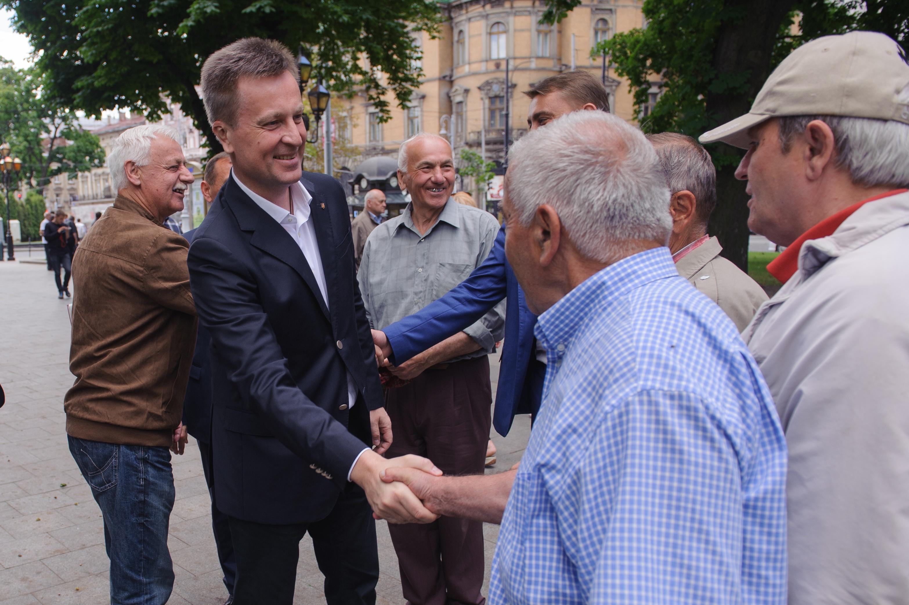 Наливайченко: В Парламенте слишком много коррупции. Это не дает депутатам голосовать так, как требуют избиратели. Фото: spravedlyvist.com.ua